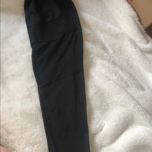 Victoria's Secret Pants - Victoria Secret Sport black leggings size L